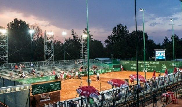 CAMPIONATI INTERNAZIONALI DI TENNIS ATP COUNTRY 2001 TEAM, GRANDI MANOVRE PER L'EVENTO TENNISTICO DELL'ANNO A PADOVA